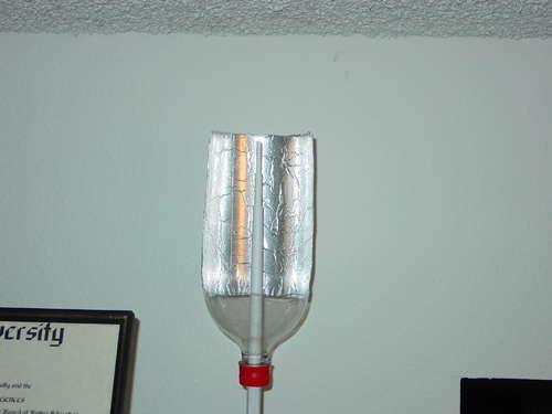 Refletor para antena ou modem